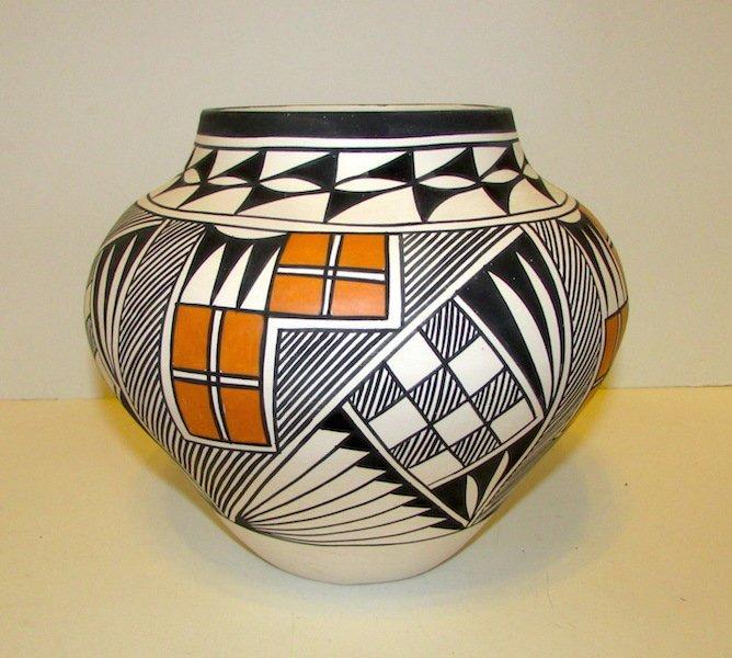 Acoma Pueblo Large Collector Pottery