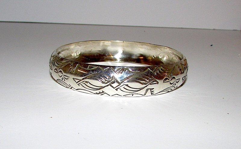 Navajo Nora TAHE Sterling Bangle Bracelet