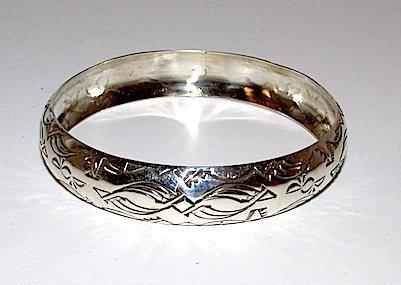 Navajo Nora TAHE Sterling Bangle Bracelet - 2