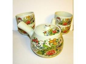 Japanese Oriental Enamel Glaze Tea Pot and Tea Cups