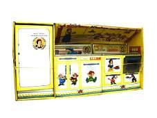 1130: Snow White Kitchen Appliance Set in O/B.