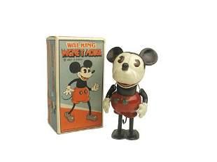 Walking Mickey Mouse in O/B