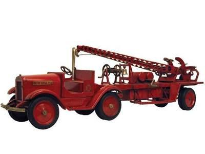1514: Sturdi-Toy Tractor Trailer Water Tower