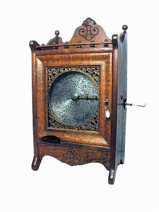 One-Cent Regina Disc Music Box Machine With With