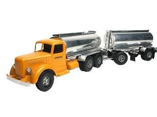 Smith Miller Custom Tanker.