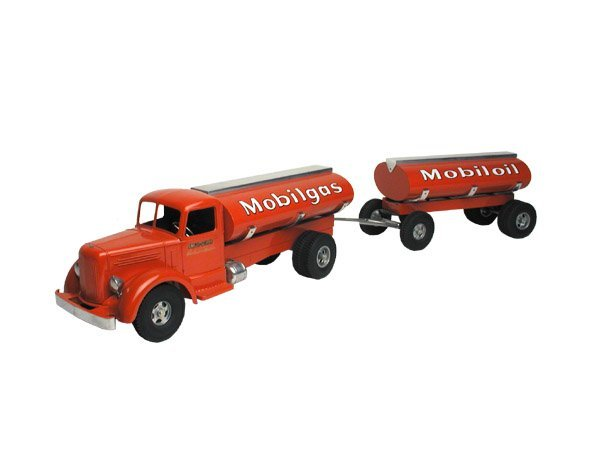 7: Smith Miller Custom Mobil Gas Truck.