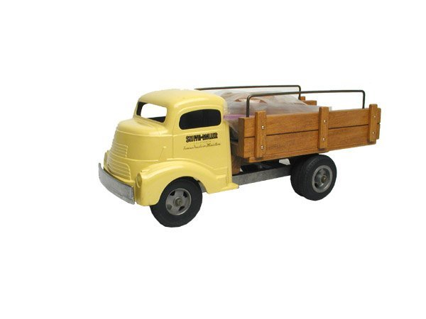 24: Contemporary Smith Miller Cabover Materials Truck.