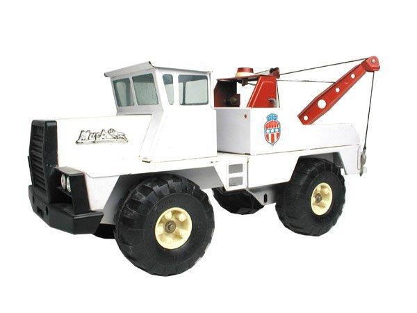 """464: Buddy """"L"""" Mack Tow Truck."""