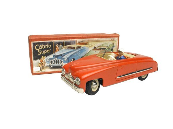 1394: Cabrio Super Car in O/B.