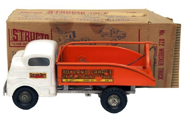607: Structo Wrecker Truck.