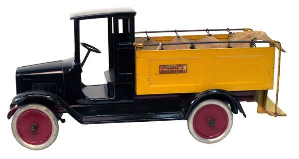 "621: Buddy ""L"" Ice Truck."