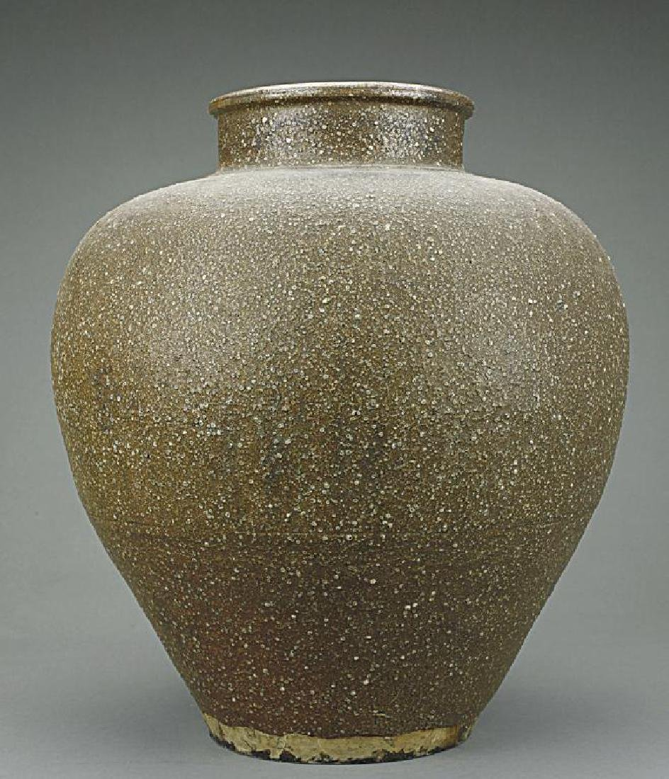 LARGE CHINESE POTTERY JAR