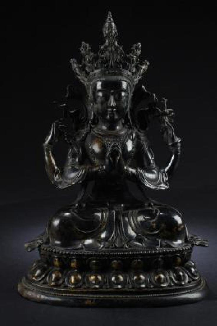 ANTIQUE CHINESE GILTBRONZE GUANYIN FIGURE