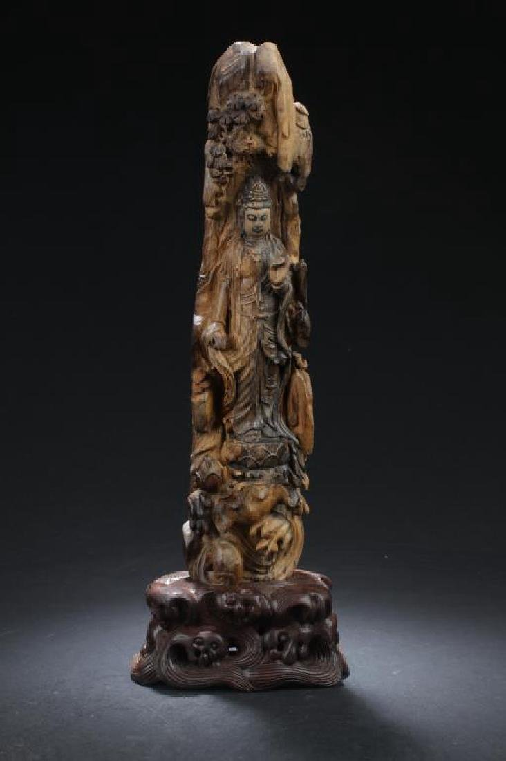 CHINESE AGAR WOOD CARVED GUANYIN STATUE WITH WOODEN