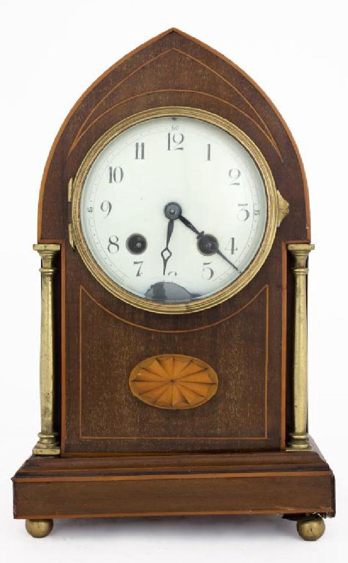 SMALL WOOD MANTEL CLOCK