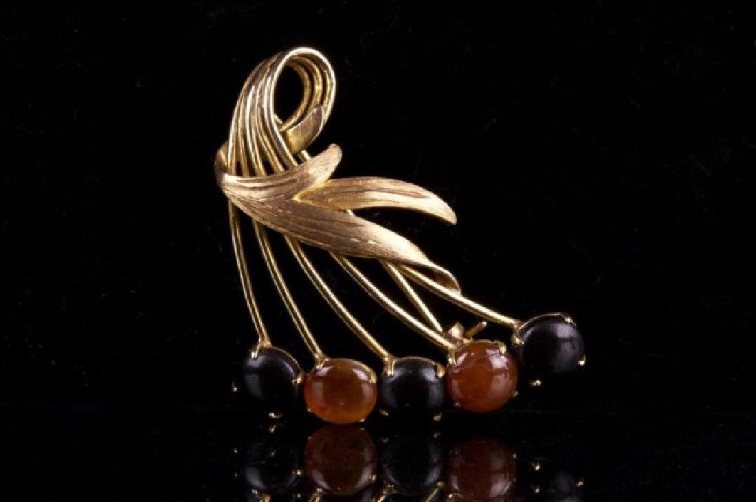 CHERRY SHAPED 14K GOLD BROOCH