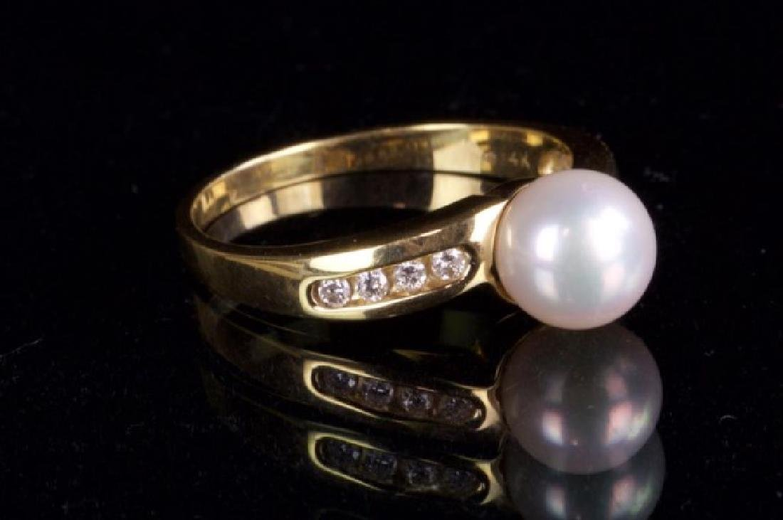14K GOLD RING WITH PEARL AND DIAMOND