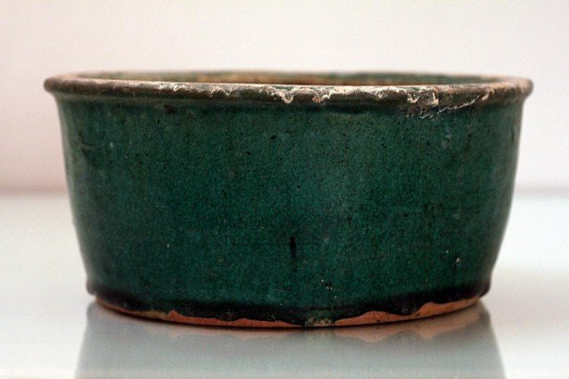 CHINESE GLAZED SPINACH GREEN BASIN