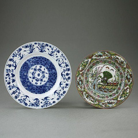 TWO CHINESE HAND-PAINTED PORCELAIN PLATES