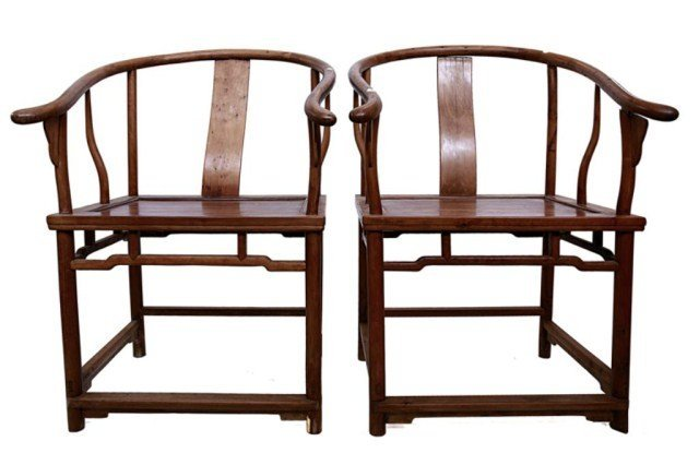 PAIR OF CHINESE CARVED WOOD HORSESHOE CHAIRS