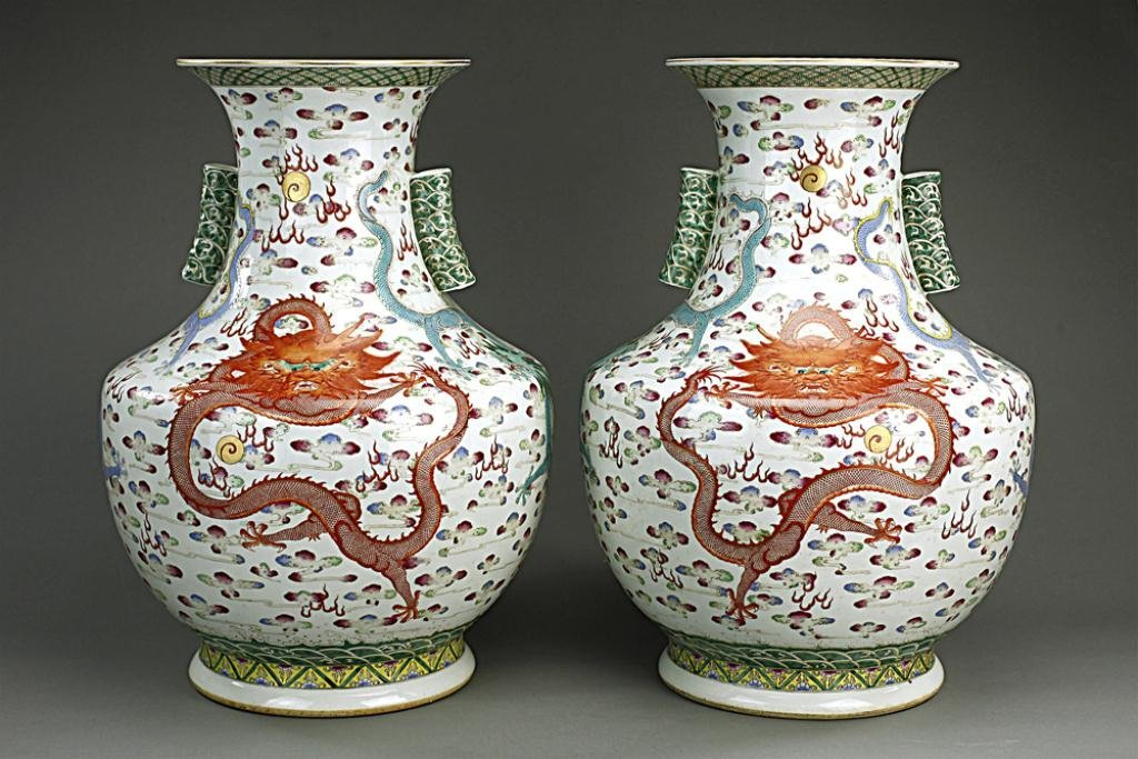 PAIR OF LARGE FAMILLE ROSE 'DRAGON' VASES