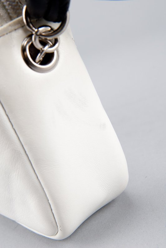 Chanel White Quilted Leather Cambon Pochette Shoulder - 4