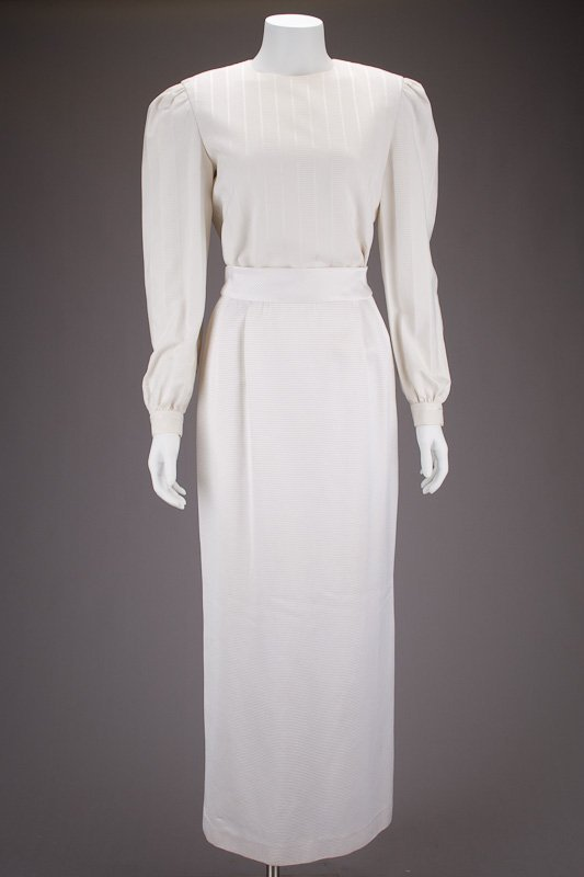 Vintage Caroline Herrera White Top & Skirt Suit (6)