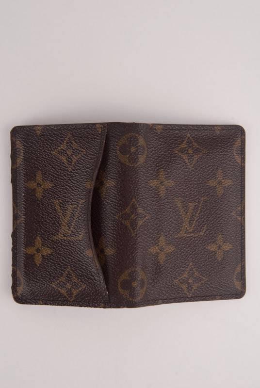 Louis Vuitton *Rare* Monogram Credit Card Holder - 3