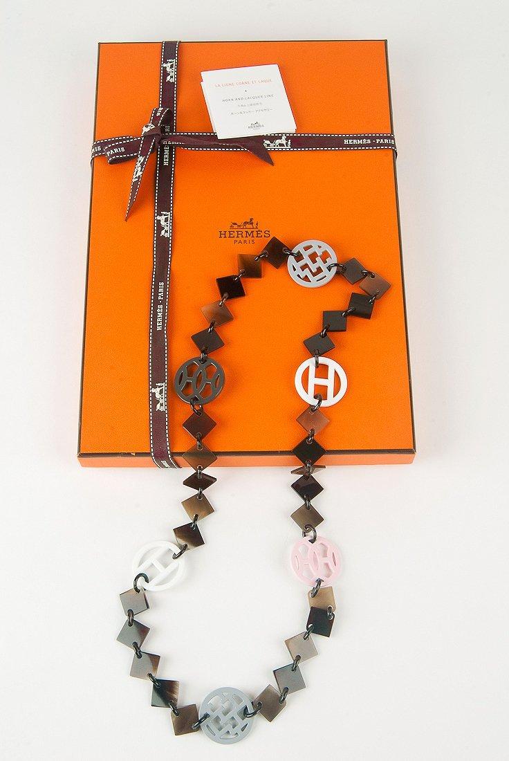 New Hermes Neutral Combo Deva Sautoir Horn Necklace