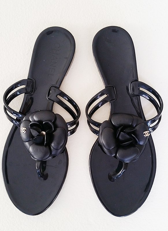 Authentic Chanel RARE Jelly Sandals 8.5 39