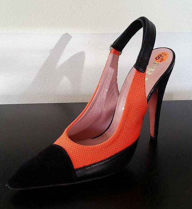 Authentic Prada Cap Toe Pointed Toe Heels 39