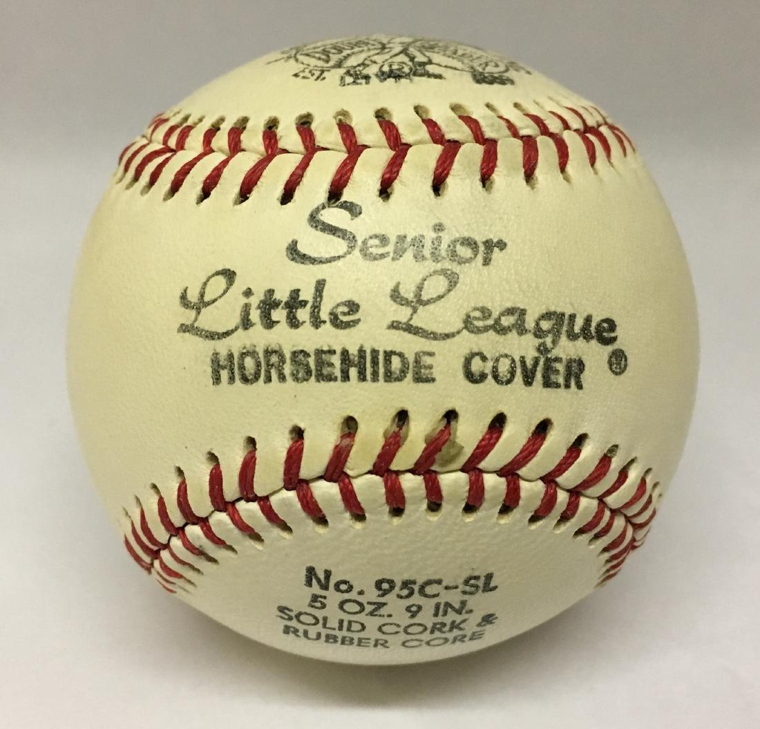 Single Signed Baseball. Roger Maris. JSA. - 2