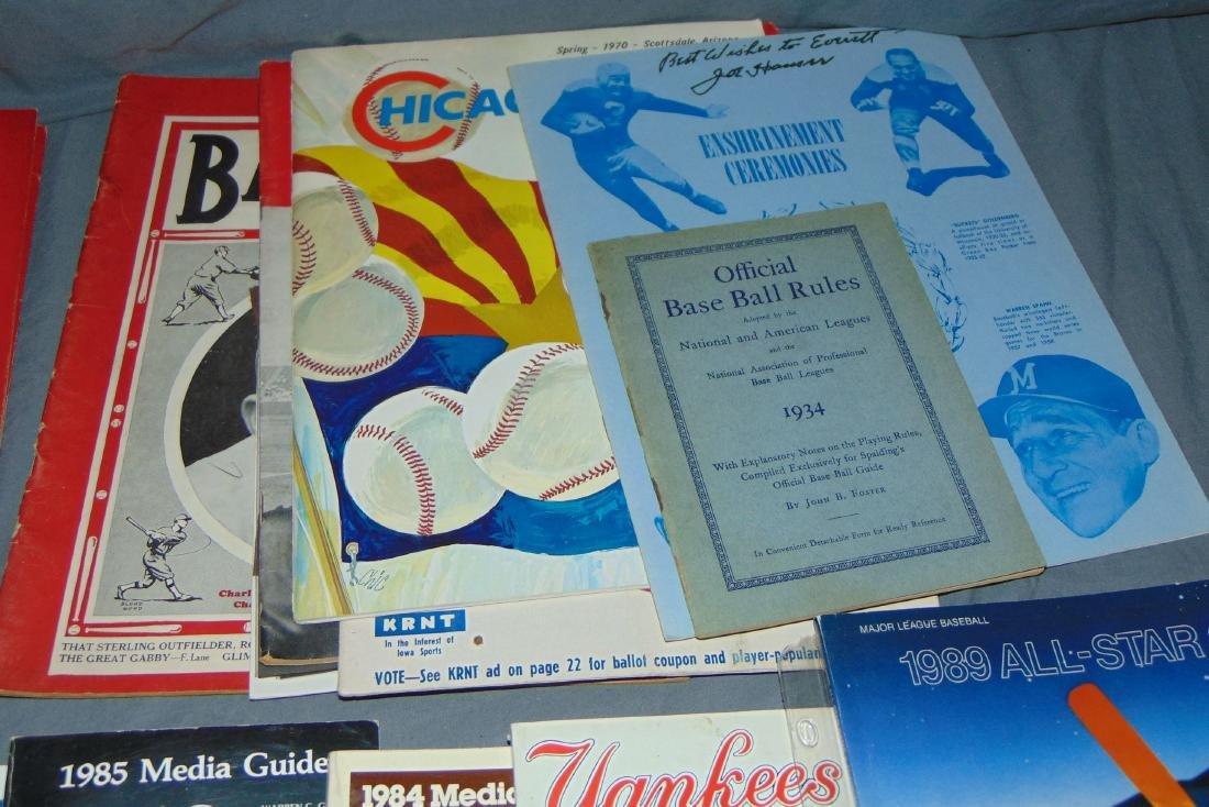 Sports Publication Lot incl. Vintage Magazines - 6