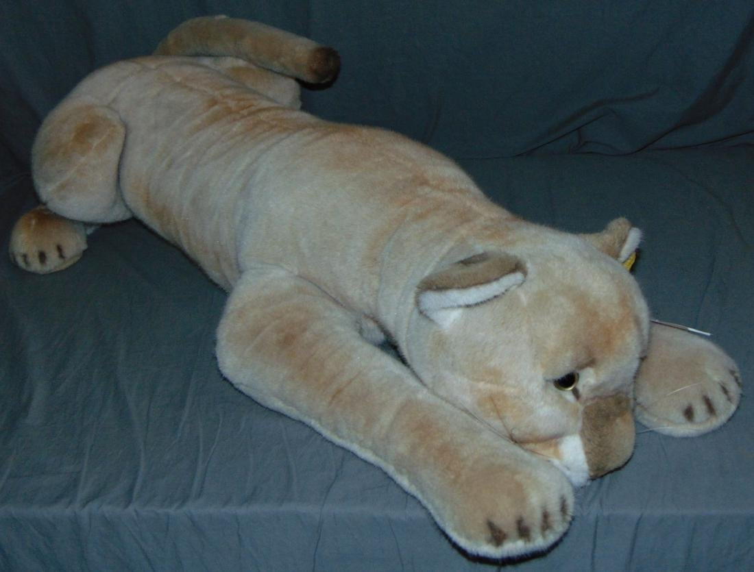 Steiff Lioness.
