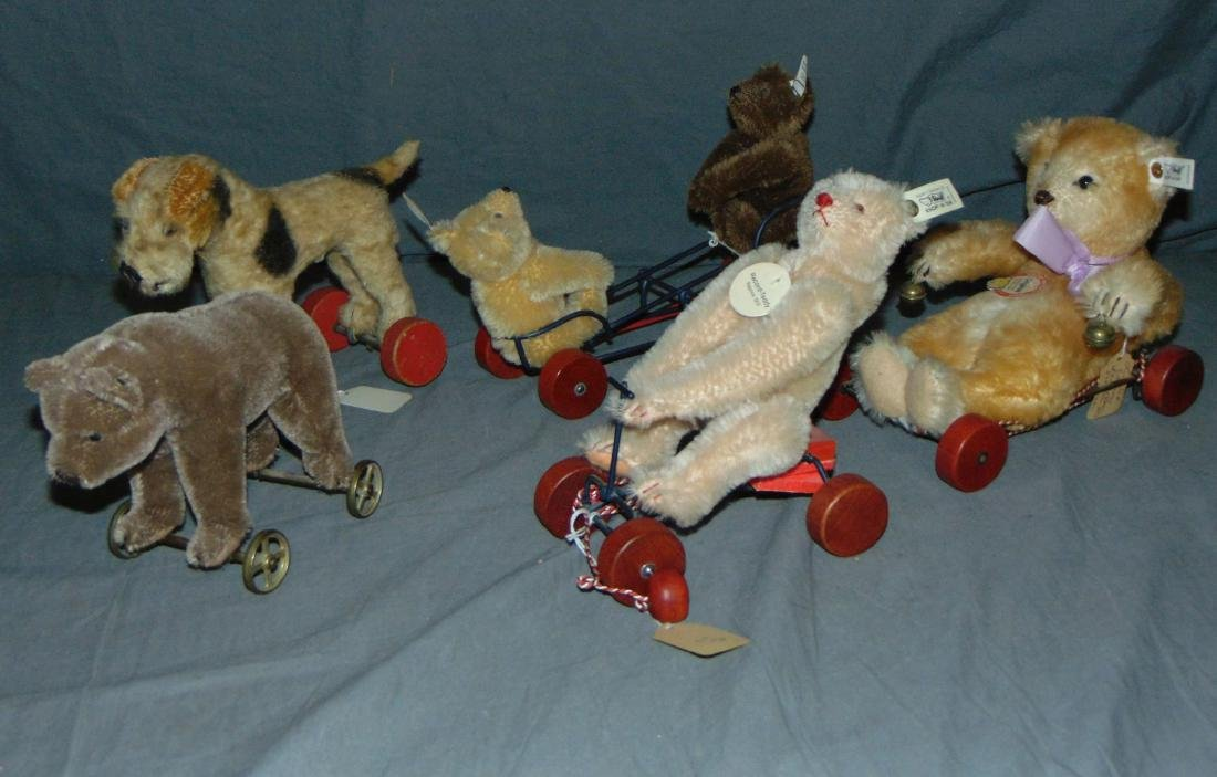 Lot of Steiff Pieces on Wheels.