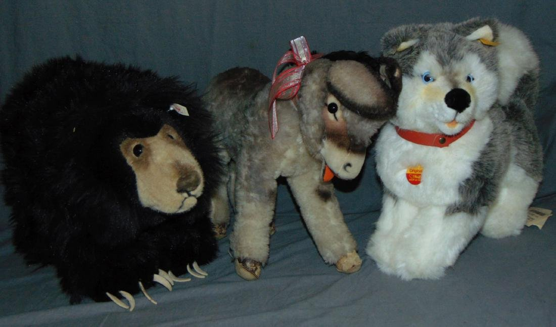 Steiff Lot of Three Large Pieces.