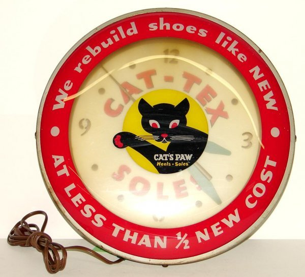 2019: CATS PAW CLOCK.