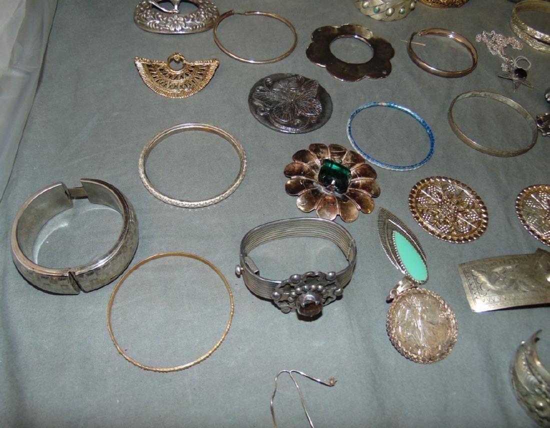 Huge Box of Costume Jewelry. - 3