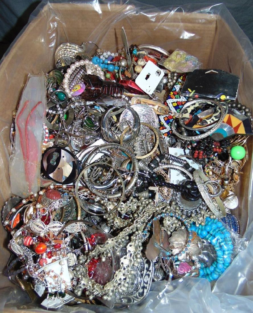 Huge Box of Costume Jewelry. - 7