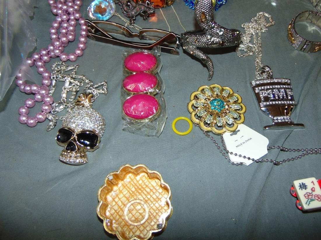 Costume Jewelry Estate Lot. - 2