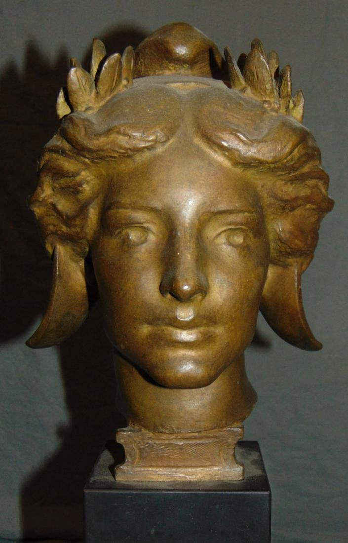 Evelyn Beatrice Longman (1874 - 1954) Bronze.