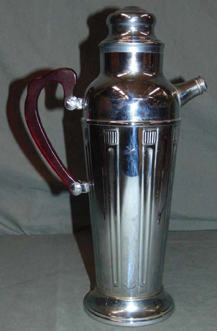 Early 20th Century American Art Deco Martini Set. - 2
