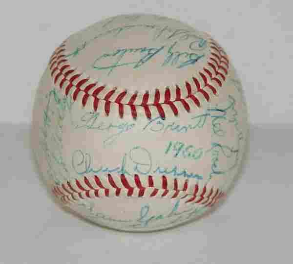 1960 BRAVES TEAM BALL SIGNED.