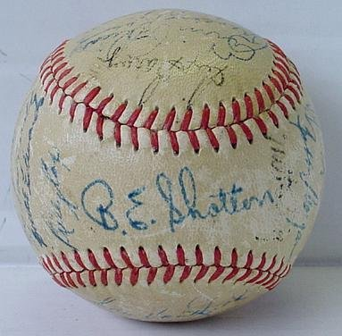 2: DODGER TEAM BALL LATE 40'S EARLY 50'S.