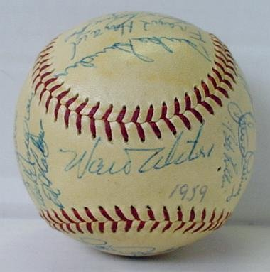 5: LOS ANGELES DODGERS 1959 TEAM BALL