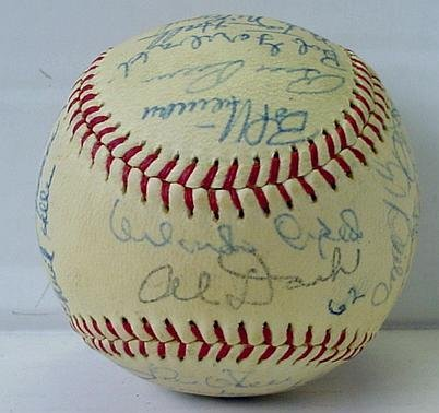 6: SAN FRANCISCO GIANTS 1962 TEAM BALL