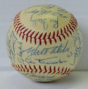7: LOS ANGELES DODGERS, 1962 TEAM BALL
