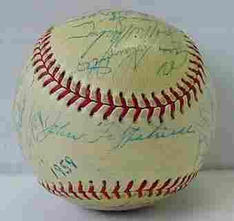 1959 MILWAUKEE BRAVES TEAM BALL