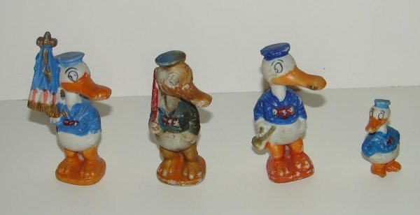 2003: COLLECTION OF THREE DONALD DUCK BISQUE FIG.