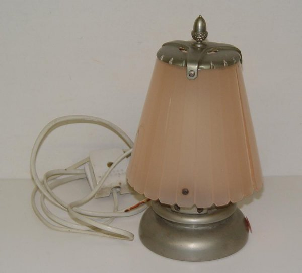 2004: QUEEN MARY OCEAN LINER TABLE LAMP